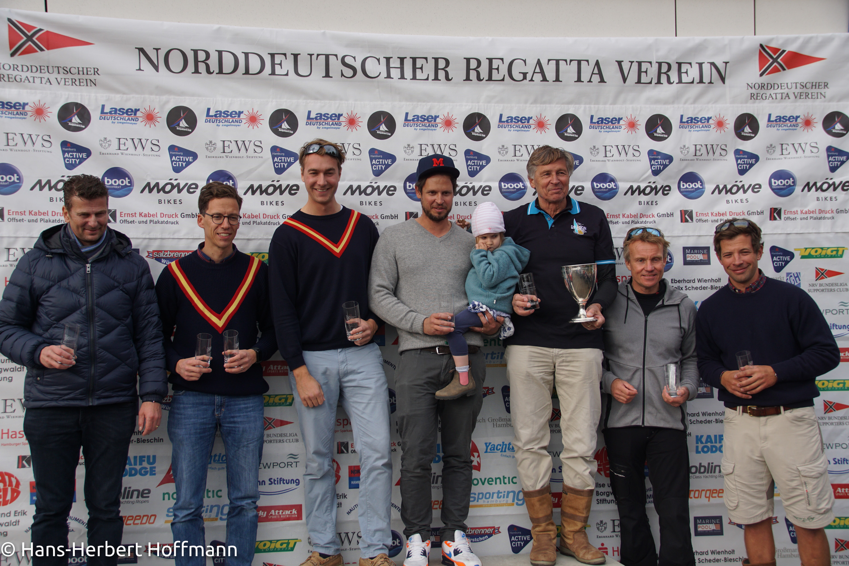 Das Podest der Drachen - Michael Koch, Tobias Brinkmann, Johannes Berg, Benjamin und Karl Morgen, Jan Woortman, Tim Tröber